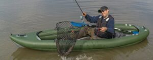kayak fishing tips - catch with net