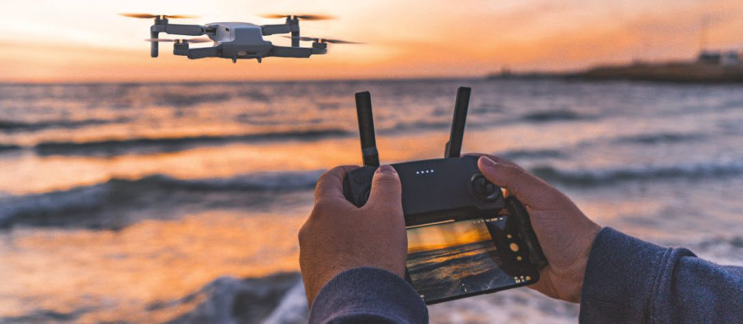 best surf fishing drones - drone controller