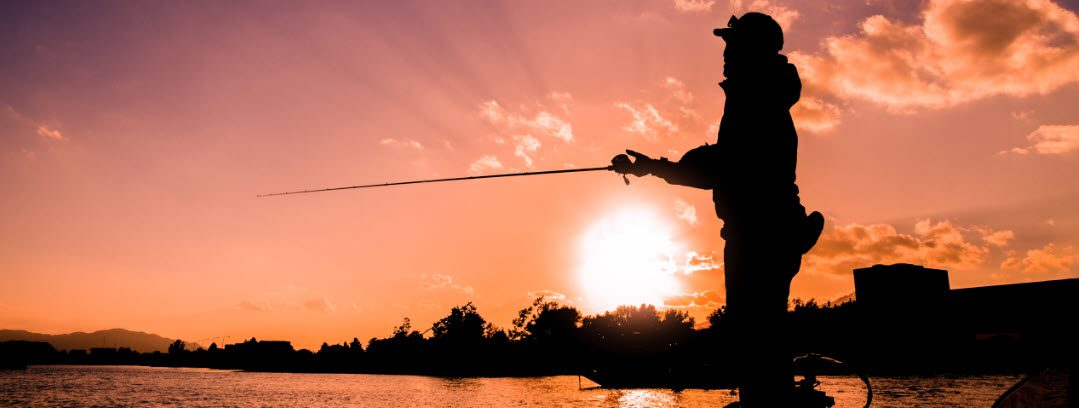 baitcasting rods for Bass fishing - man on boat
