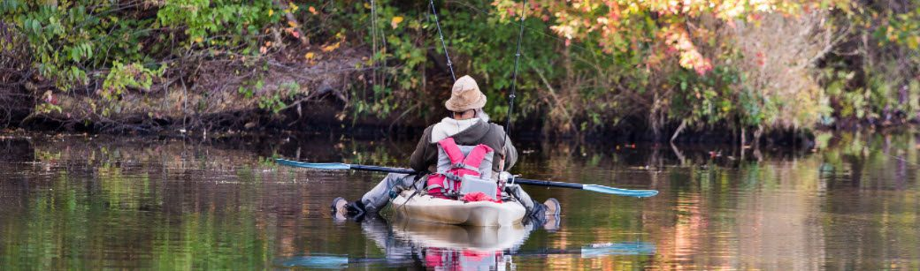 Fish Kill Bags For Kayak Fishing - man fishing in kayak